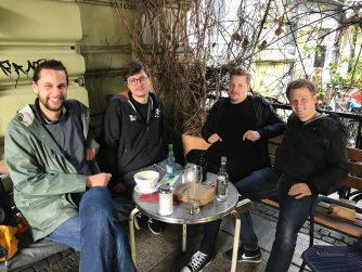 Drei Meter Feldweg Interview
